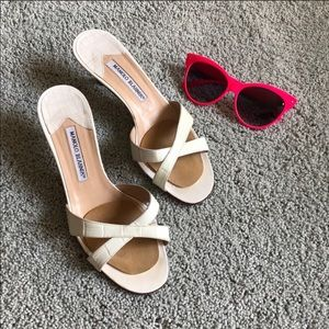 Off white Manolo Blahnik Sandals